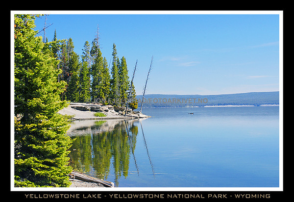 YELLOWSTONE LAKE - YELLOWSTONE NATIONAL PARK