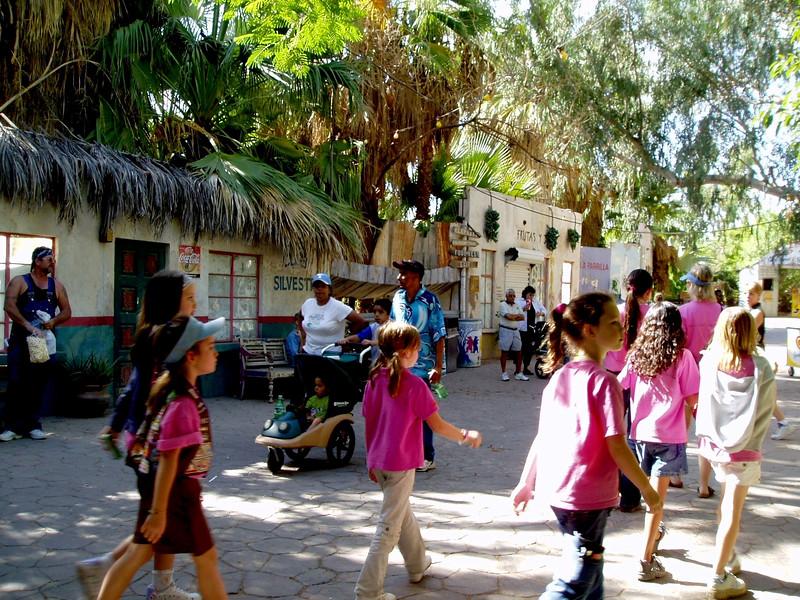 AZ-Phoenix-Zoo-2004-10-17-0031