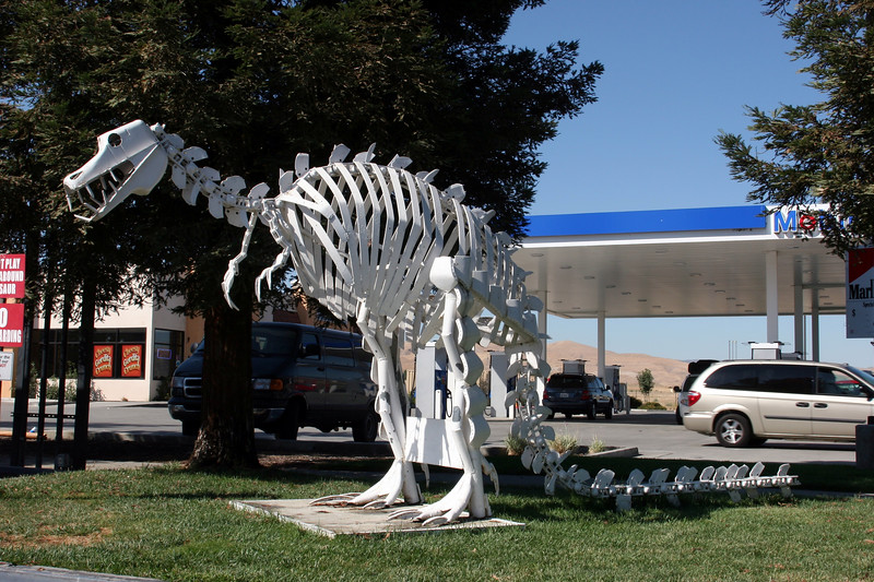 Partsnpieceasaurus-2005-08-19-0001