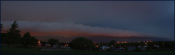 Panorama of the Push cloud of the approaching storm on May 25th, 2011
