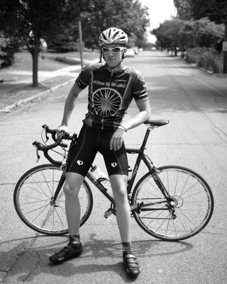 Senior Neil Broshears spent the summer riding his bike across the country. Photo by Alex Turco