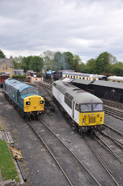 37109 and 56103, Wansford.