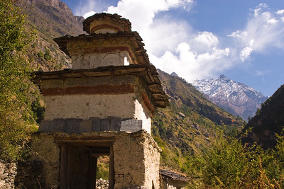 Entrance to the village of Ghap on the Manaslu trail.