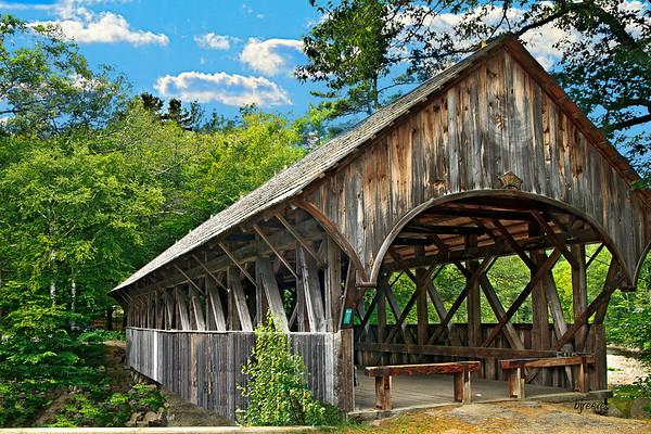 Covered Bridge The Artist Bridge, in Bethal Maine.
