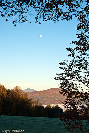 Setting Moon II - Montpelier, VT, USA