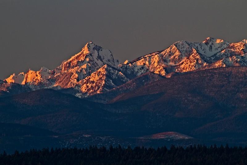 Olympic mountains in Washington.<br /> ©Carl Clark