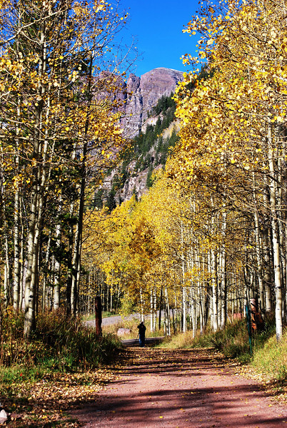 Near Maroon Bells in Colorado 4