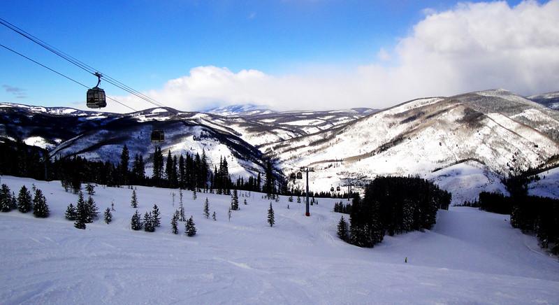 A beautiful ski day at Vail Colorado