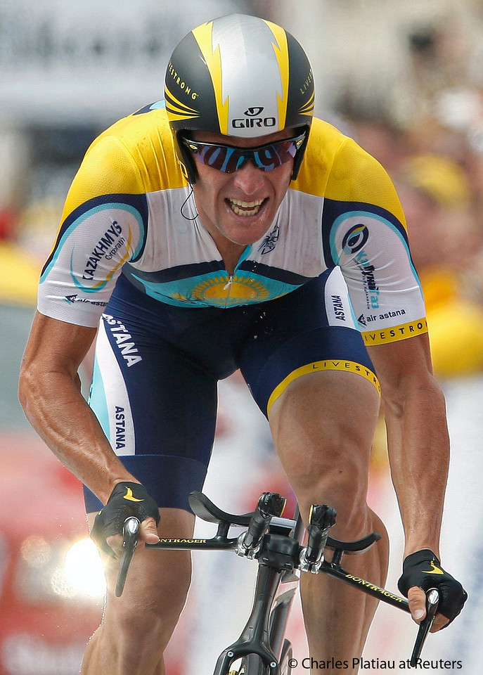 Astana rider Lance Armstrong of the U.S. cycles to the finish line during the individual time trial in the first stage of the 96th Tour de France cycling race in Monaco, July 4, 2009.  REUTERS/Charles Platiau