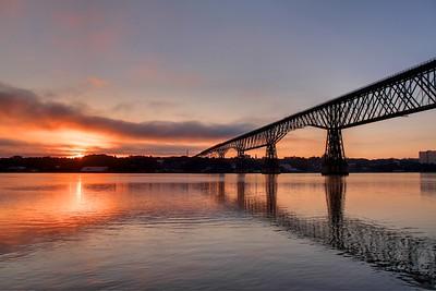 Sunrise over the Hudson