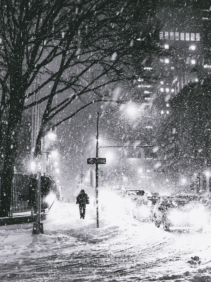 New York City - Snow on a Winter Night - Midtown