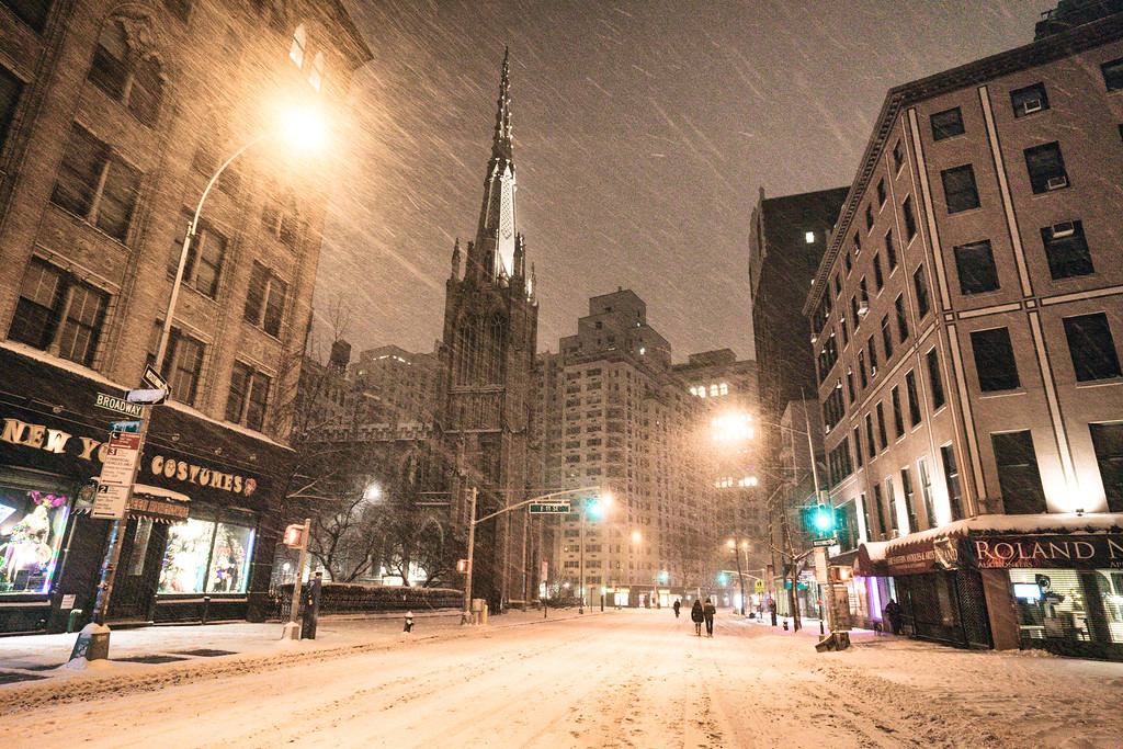 New York City - Snow - Winter Storm - Empty Broadway