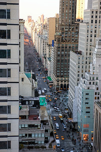5th Avenue from the Peninsula Hotel, facing north. Manhattan, New York City