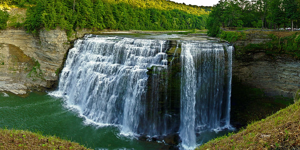 Panorama of Letchworth Middle Falls.