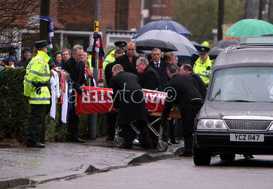 George Best returns home to East Belfast accompanied by his son Callum 02 December 2005