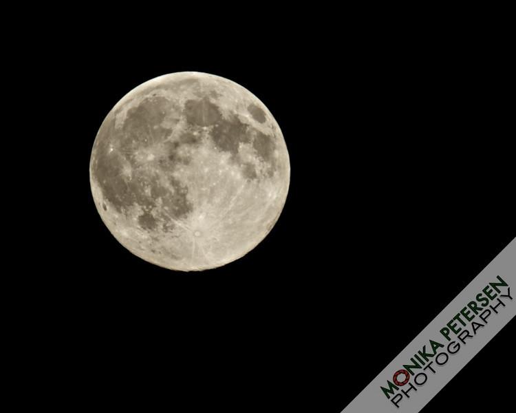 Super Harvest Moon (September22,2010)