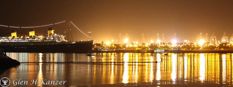 Ligths by the Queen Mary