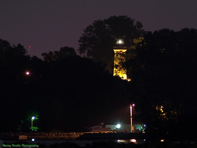 Erie Land Lighthouse from Lampe Marina @ night
