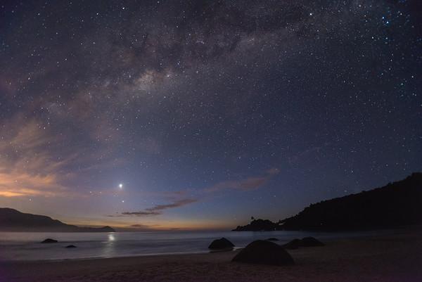 Dawn under the Stars