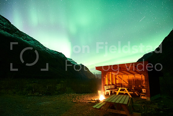 NORDLYS OVER OLDERNES