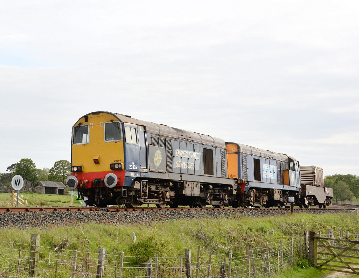 20305 and 20309, Lady Hall. 21/05/15.