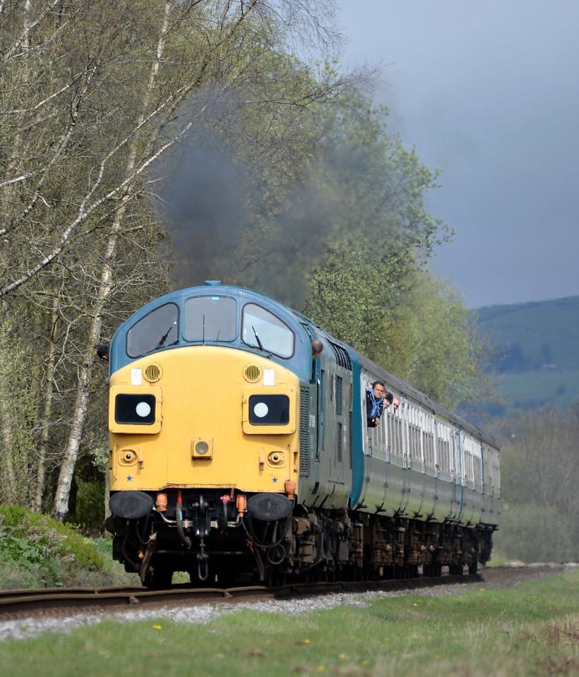 37109, Irwell Vale. 25/04/15.