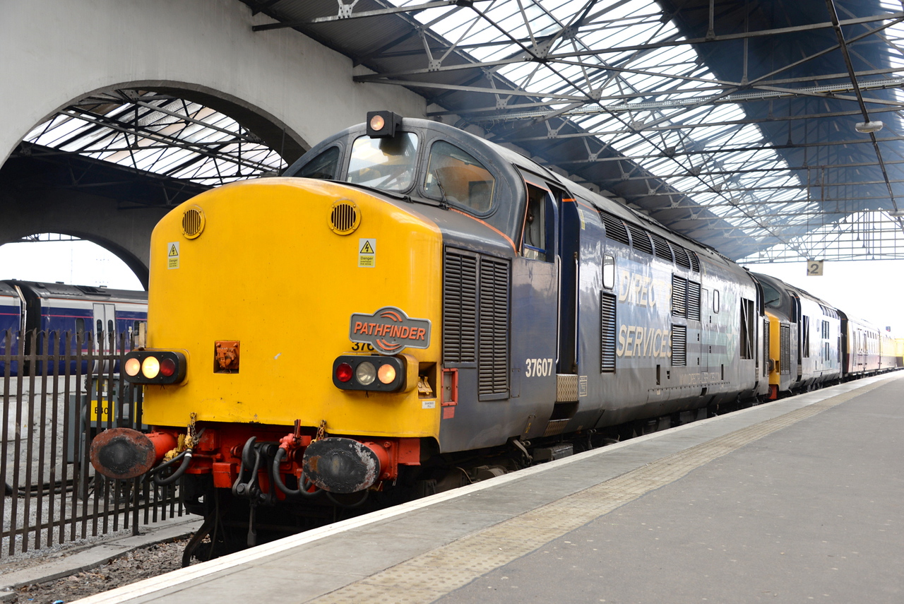 37607 and 37218, Inverness. 04/04/15.