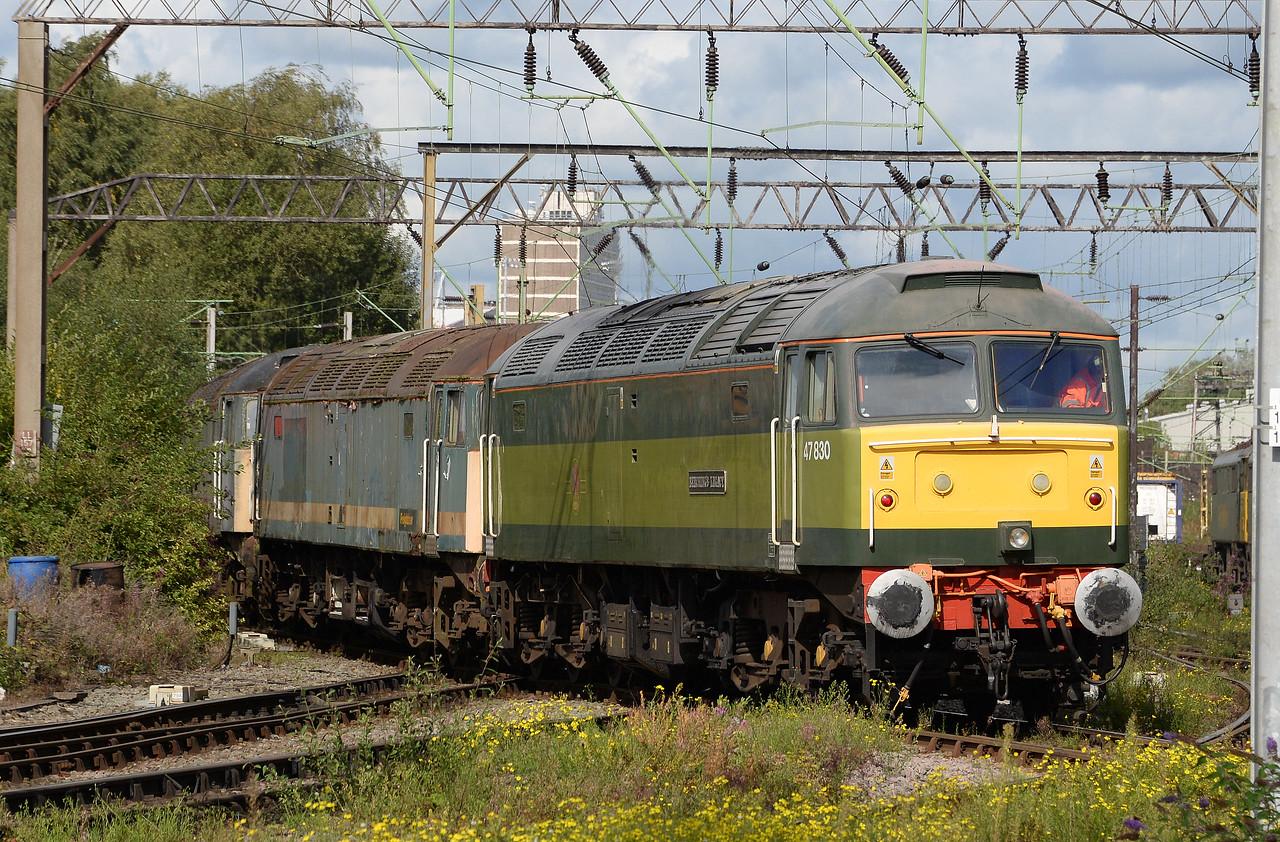 47830 and 47811. Crewe Basford Hall. 12/09/17.