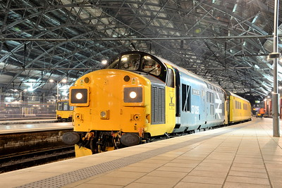 37025, Liverpool Lime Street. 12/04/16.