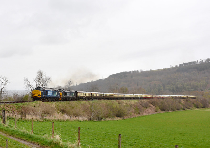 37259 and 37605, Fodderty. 16/04/17.