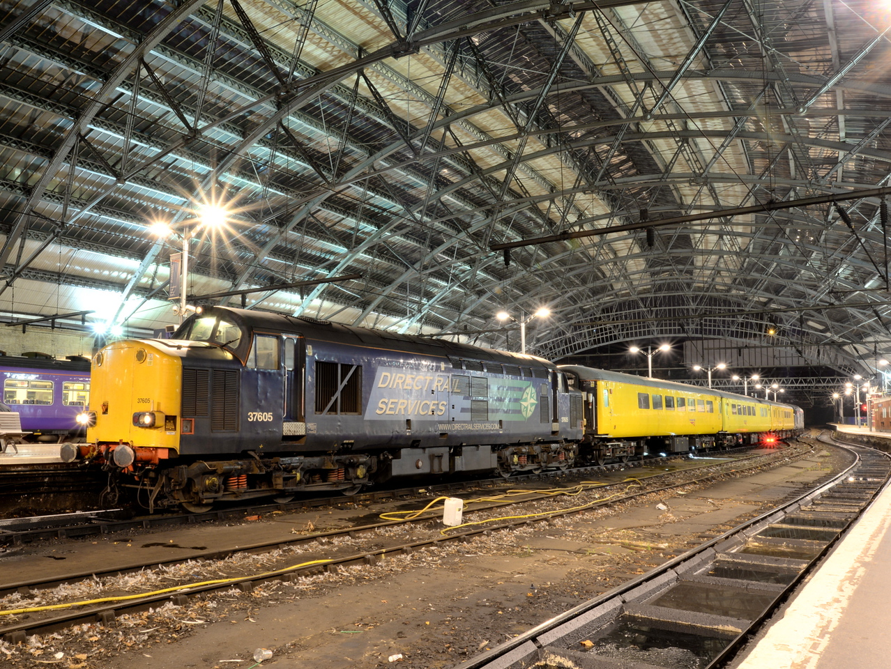 37605, Liverpool Lime Street. 20/10/15.