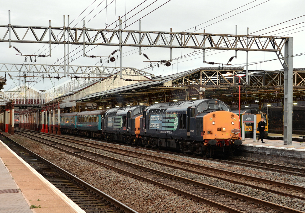 37603 and 37601, Crewe. 29/08/14.