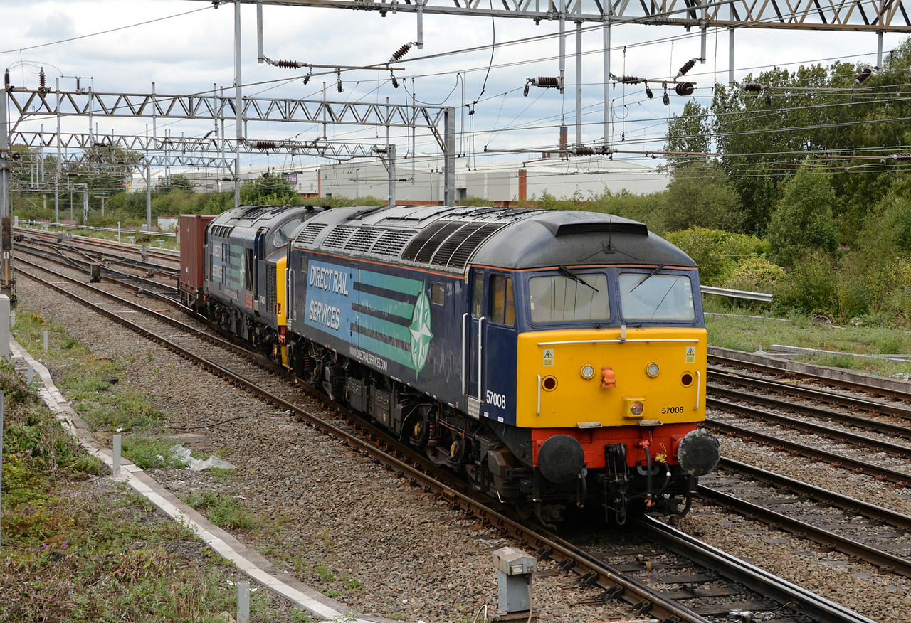57008 and 37402, Crewe. 16/08/14.