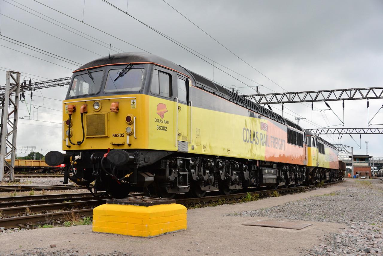 56302 and 56113, Crewe Basford Hall. 27/07/16.