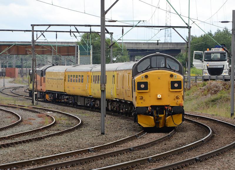37025, Crewe Basford Hall. 04/07/17.