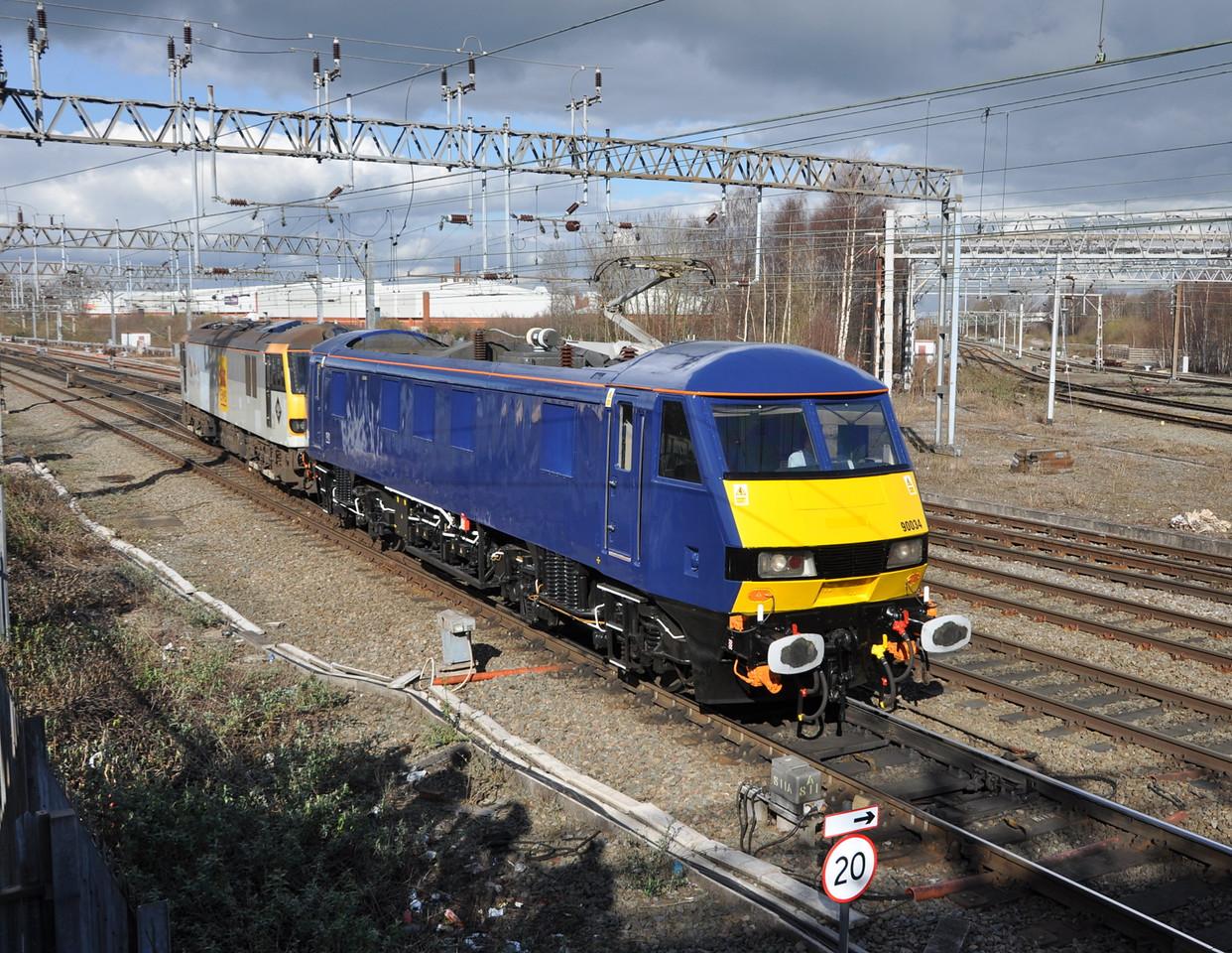 90034 and 92005, Crewe. 01/03/14.
