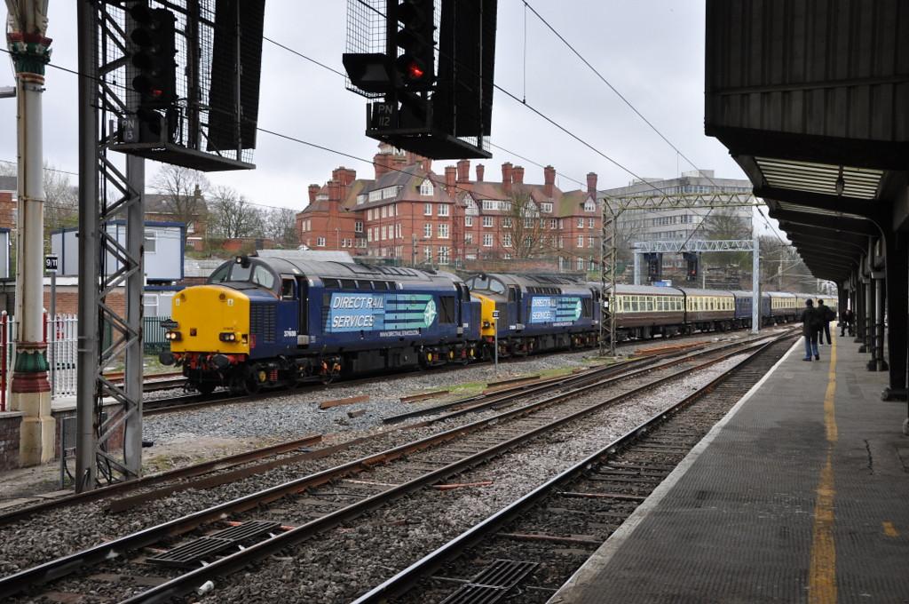 37608 and 37069, Preston. 06/04/12.