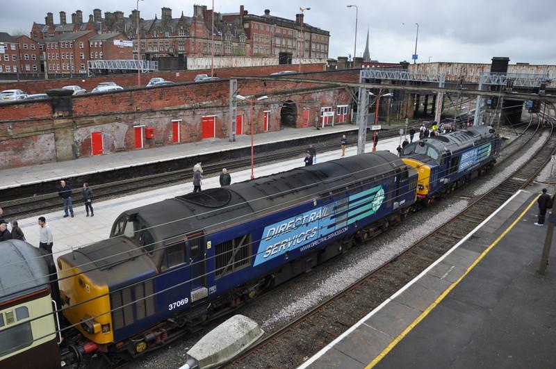 37069 and 37608, Preston. 06/04/12.
