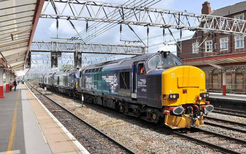 37423, 68008, 68007 and 68006. Crewe. 11/06/14.