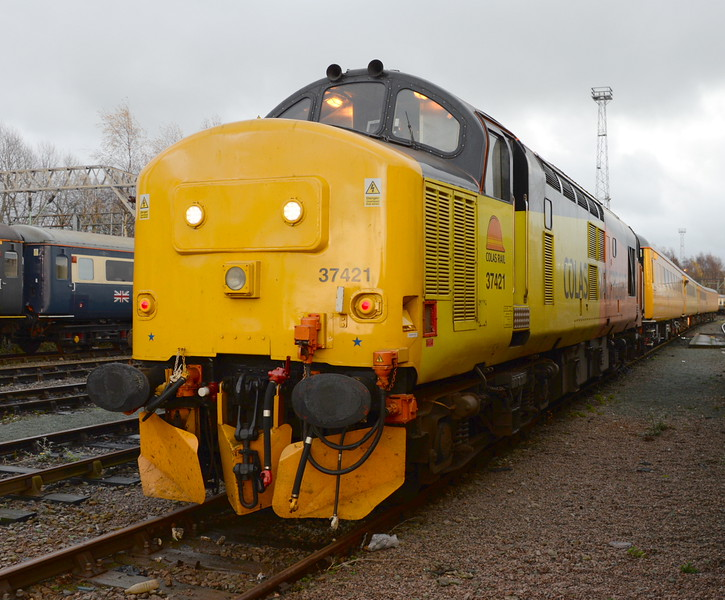 37421, Crewe Down Holding Sidings. 27/11/15.