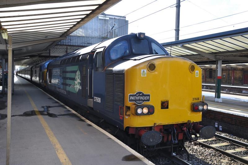 37608 and 37605, Preston. 28/09/12.