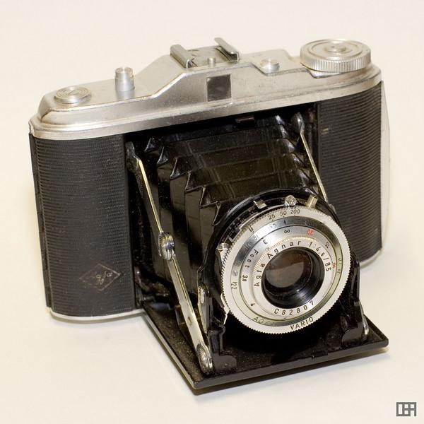 Agfa Isolette I with the Agfa Agnar lens (f/4.5 85mm), 1952-1958