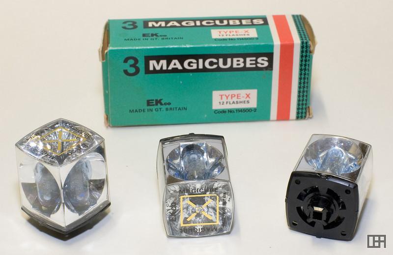 Magicubes Type-X flash cubes
