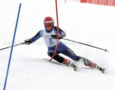 jhboysski1 - Kevin McNamara of Honeoye Falls-Lima makes his first run in the boys slalom at the New York State High School Championships on Tuesday 2/28 at Bristol Mountain.