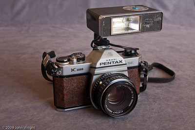 Pentax K1000 with Vivitar 151 flash