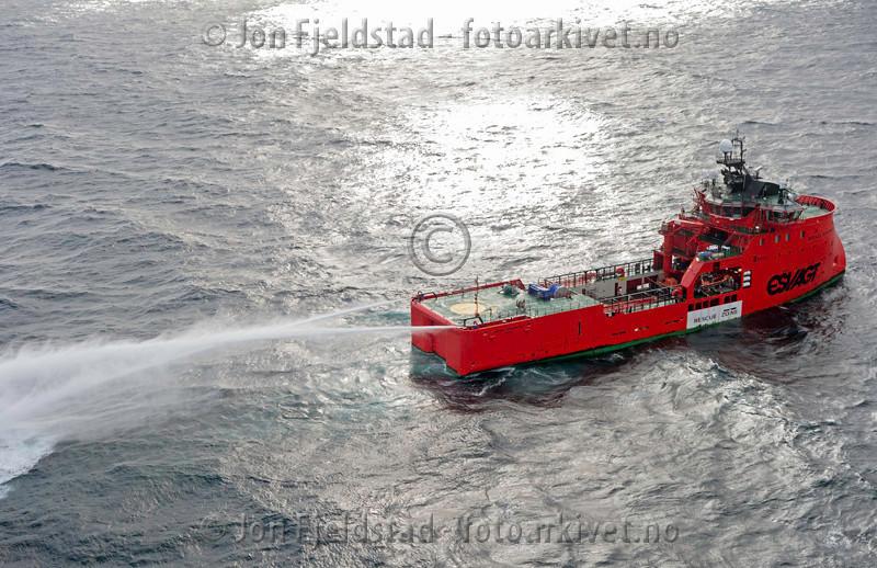BEREDSKAPSFARTØYET ESVAGT STAVANGER - Multi role offshore service vessel