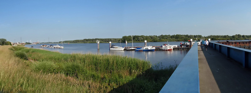 Steendorp - Schelde - Panorama (2 photos)