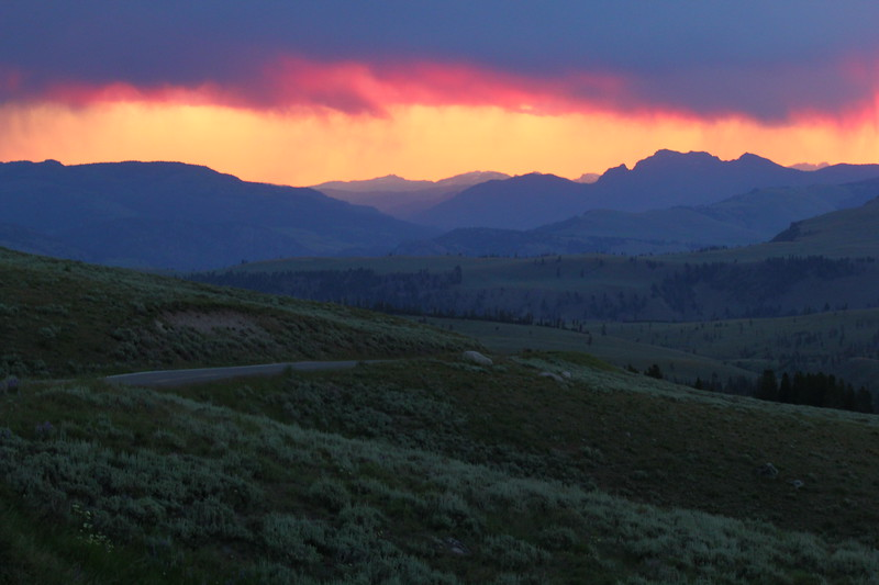 Sunrise virga in Yellowstone National Park.