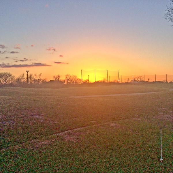 SUNSET-AT-MORRISWILLIAMSGOLFCOURSEwolayers