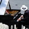 Pianist, Piazza del Duomo, Orvieto